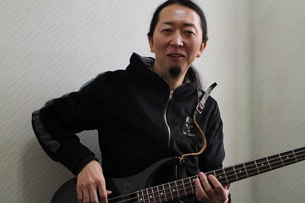 ベースギター講師