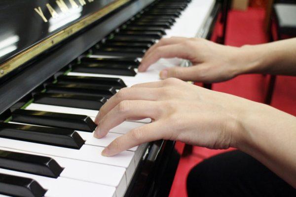 鍵盤タッチ