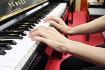 ピアノ手の形2